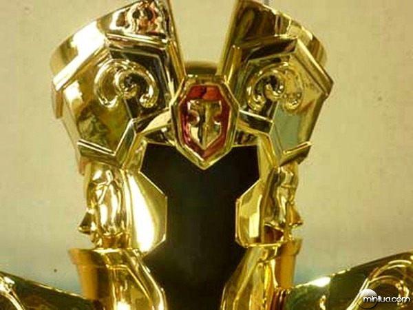 Os Cavaleiros do Zodíaco | Armaduras em tamanho real