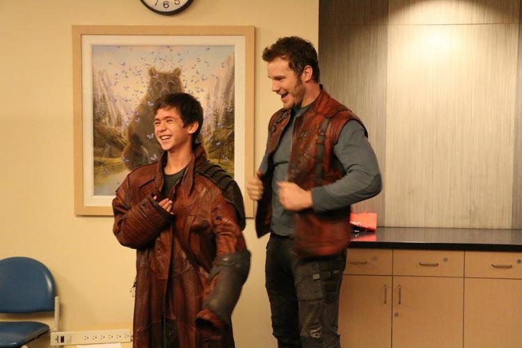 Star-Lord visita Hospital e faz a alegria da garotada nos EUA