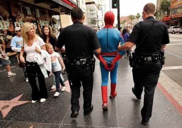 Homem Aranha é preso em Nova York
