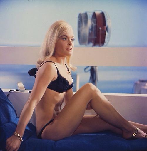 Bond Girls - Parte 2 - Musas dos anos 60 e 70 8