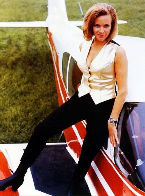 Bond-Girls-Parte-2-Musas-dos-anos-60-e-70_6