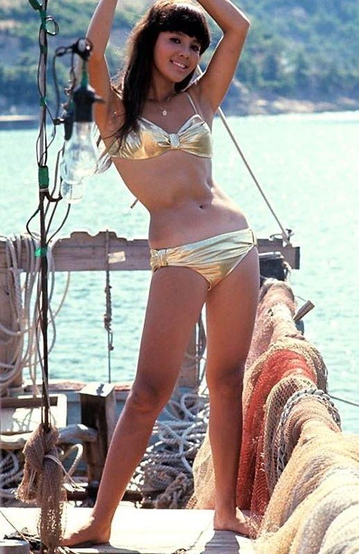 Bond-Girls-Parte-2-Musas-dos-anos-60-e-70_8