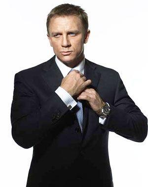 James-Bond13752d