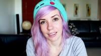 Alanah Pearce, a Youtuber que se livrou dos trolls com ajuda das mães deles!