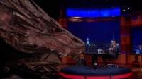 """Smaug o dragão da trilogia """"O Hobbit"""" participa de talk show americano"""
