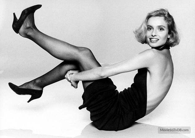 Bond-Girls-Parte-4-musas-de-007-nos-anos-80_11