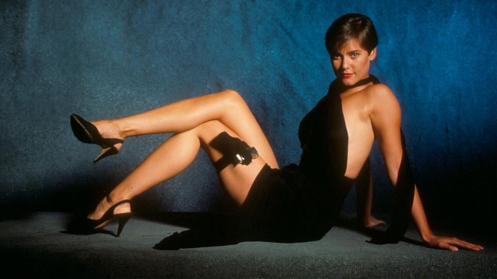Bond-Girls-Parte-4-musas-de-007-nos-anos-80_13