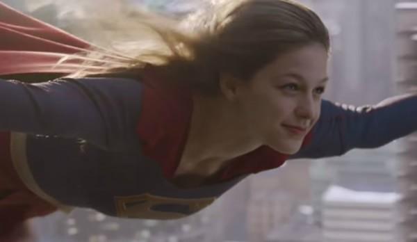 Em defesa da Supergirl: não há nada de errado em ser feminina