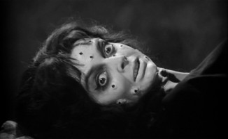 Mulheres em filmes de terror:  menos vítimas e mais vilãs, por favor!