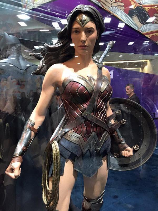 SDCC2015 - Batman Vs Superman - A Origem Da Justiça  Confira fotos de tudo que está rolando 27
