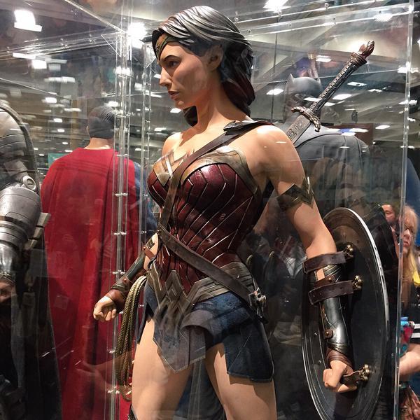 SDCC2015 - Batman Vs Superman - A Origem Da Justiça  Confira fotos de tudo que está rolando 34