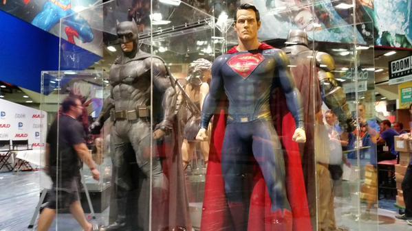 SDCC2015 - Batman Vs Superman - O Alvorecer Da Justiça  Confira fotos de tudo que está rolando 36-min