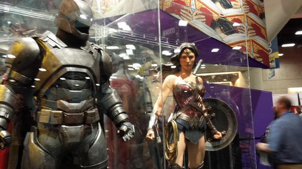 SDCC2015 - Batman Vs Superman - O Alvorecer Da Justiça  Confira fotos de tudo que está rolando 37-min