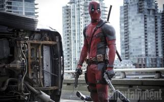 Deadpool convida todo mundo para assistir seu novo trailer