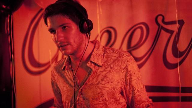 Eden (2014)   Um olhar francês sobre a era da música eletrônica