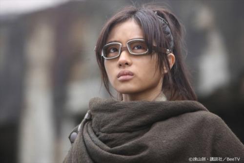 Ataque dos Titãs - Shingeki no Kyojin | Assista o trailer da série live-action