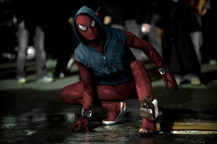 capitao-america-guerra-civil-rumor-mostra-possiveis-imagens-do-traje-do-homem-aranha
