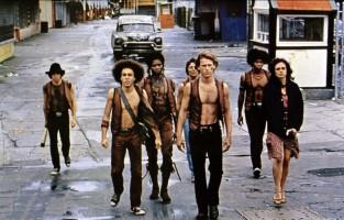 The Warriors | Mais de 5 mil fãs se reúnem em Coney Island para reencontrar o elenco