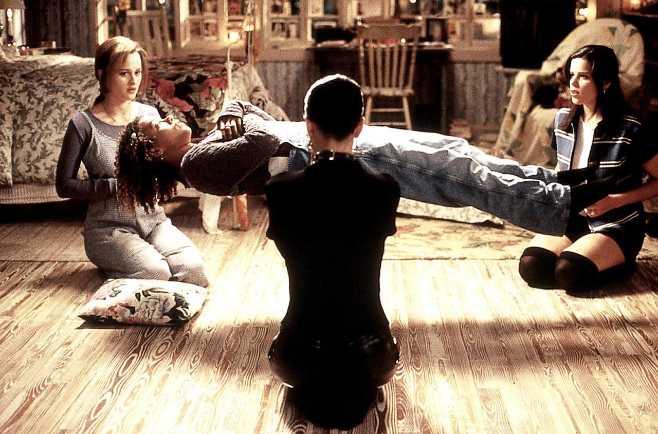 Hexenclub, Der / Craft, The USA 1996 Regie: Andrew Fleming Darsteller: Robin Tunney, Rachel True, Fairuza Balk, Neve Campbell Rollen: Sarah, Rochelle, Nancy, Bonnie
