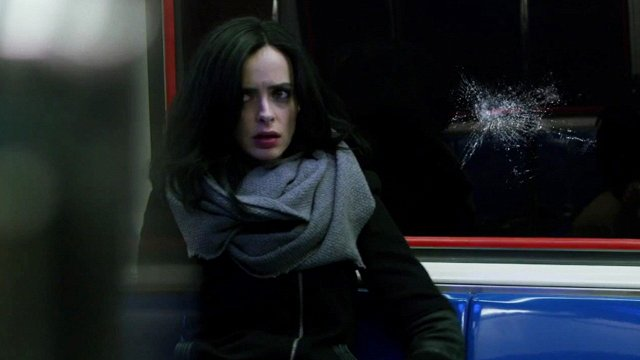 "Jessica Jones | Review do episódio 1×01 – ""AKA Ladies Night"""