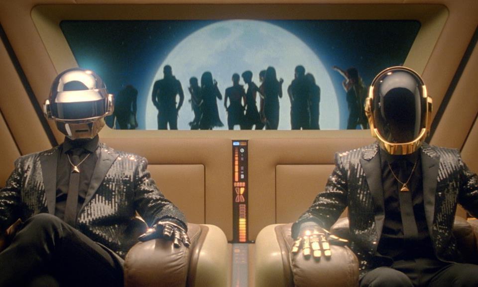 Daft Punk: Unchained (2015)   A história de dois artistas intransigentes