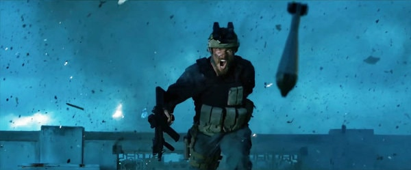 13-horas-os-soldados-secretos-de-benghazi-o-pequeno-acerto-de-michael-bay4