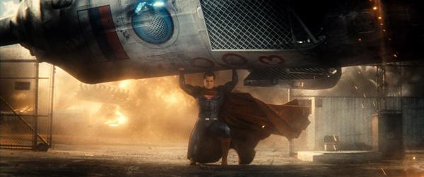 batman-vs-superman-a-origem-da-justica-2016-resenha (13)