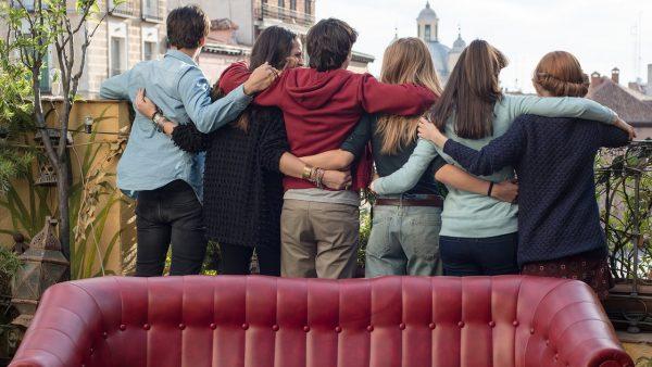 el-club-de-los-incomprendidos-2014-amizades-amores-e-os-cliches-da-sessao-da-tarde2