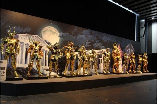 os-cavaleiros-do-zodiaco-armaduras-em-tamanho-real-sao-apresentadas-em-evento5