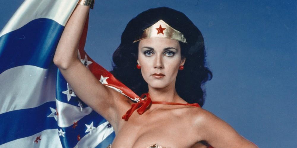 Supergirl | Lynda Carter, a lendária Mulher Maravilha, aparecerá na Segunda Temporada