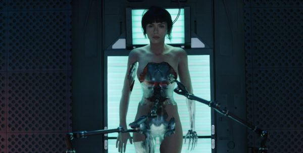 ghost-in-the-shell-primeiro-trailer-da-adaptacao-do-classico-japones-e-surpreedente2
