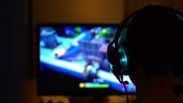 Do entretenimento aos cyberatletas, o crescimento dos eSports