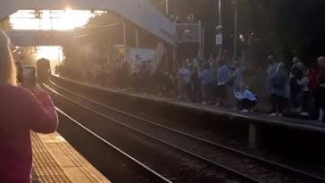 Mancada: trem frustra fãs de Harry Potter