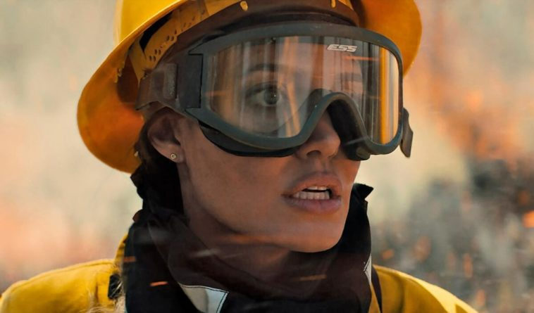 Aqueles Que Me Desejam a Morte (2021)   Angelina Jolie salva, mas filme não empolga