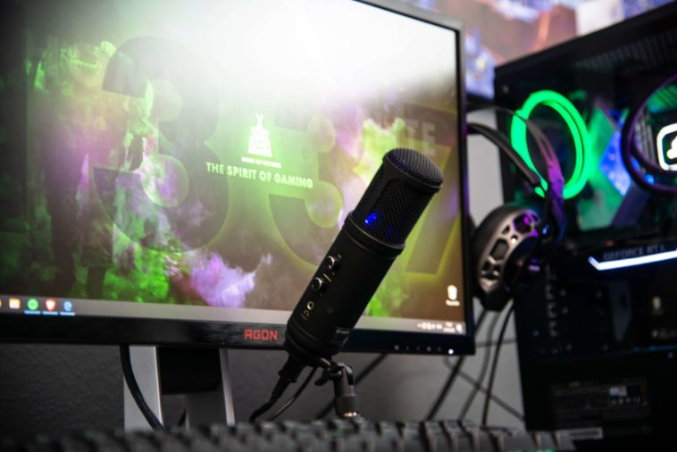 Conteúdos de qualidade mantém gamers com grande popularidade no YouTube e na Twitch